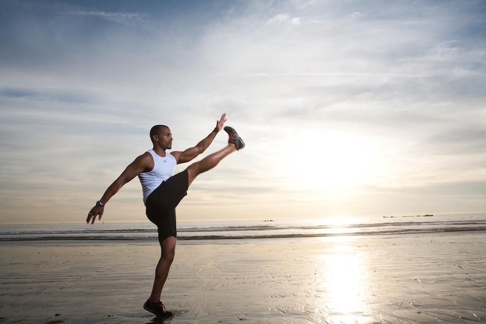 static stretching vs dynamic The timing of the type of stretches you do is an important consideration for your stretching routine dynamic stretching prior to running is a great way to.