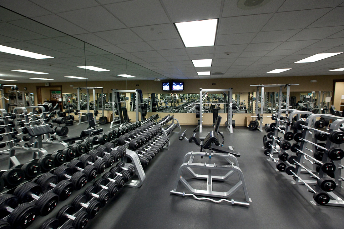 Exercise Selection Athletic Performance Training Center - Weight room design