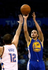 Stephen Curry, Nenad Krstic